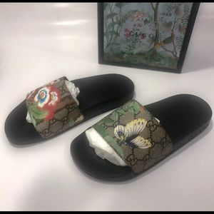 Shoes - Gucci Bird Flip Flops TEXT (702) 867-0280‼️‼️‼️